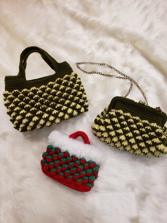 アクリル毛糸で素敵なバックを編みましょう!