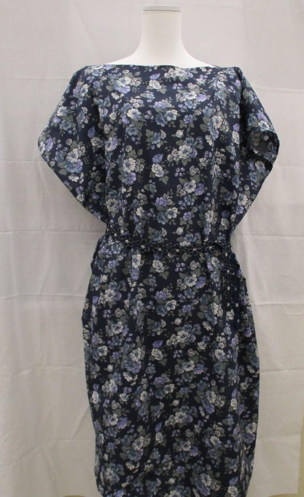 洋裁(ミシンの日、60分で出来るまっすぐ縫いの洋服)