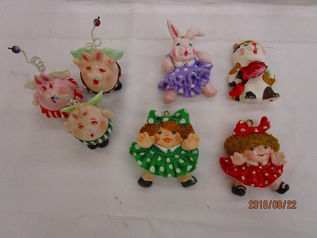 紙粘土人形